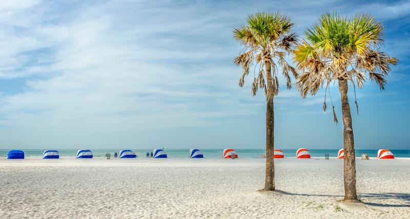 """<a href=""""https://www.tripadvisor.com/Attraction_Review-g34141-d117476-Reviews-Clearwater_Beach-Clearwater_Florida.html"""" target=""""_blank"""">Clearwater Beach</a> was voted the No. 1 beach in the U.S. in 2018, too, and the only U.S. beach to make the list of world's best beaches. It dazzles with two and a half miles of sugar-white sand, crystal-clear waters and warm Gulf breezes.<strong><br /><br />Nearby beachfront hotel:</strong><a href=""""https://www.tripadvisor.com/Hotel_Review-g34141-d3331162-Reviews-Pier_House_60_Marina_Hotel-Clearwater_Florida.html"""" target=""""_blank"""">Pier House 60 Marina Hotel</a>, from $293 per night"""