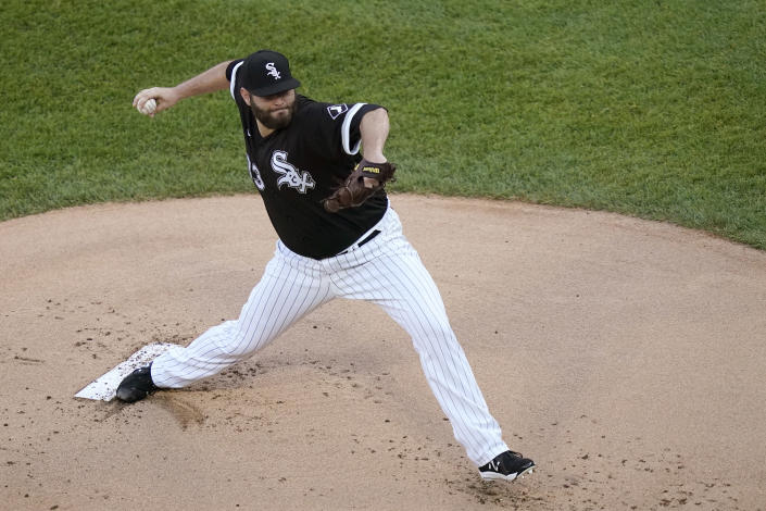 Chicago White Sox starting pitcher Lance Lynn delivers during the first inning of the team's baseball game against the Toronto Blue Jays on Wednesday, June 9, 2021, in Chicago. (AP Photo/Charles Rex Arbogast)
