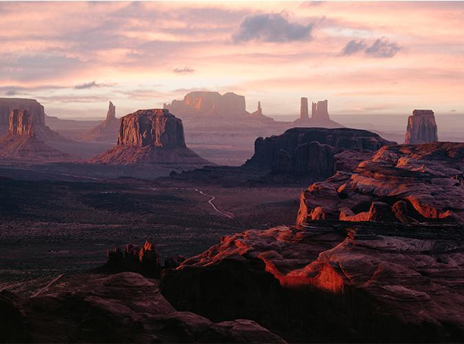 <p>They don't call it grand for nothing. This jaw-dropping natural beauty feels both familiar and otherworldly, evoking images of classic Westerns and movies based on Mars all at once.</p>