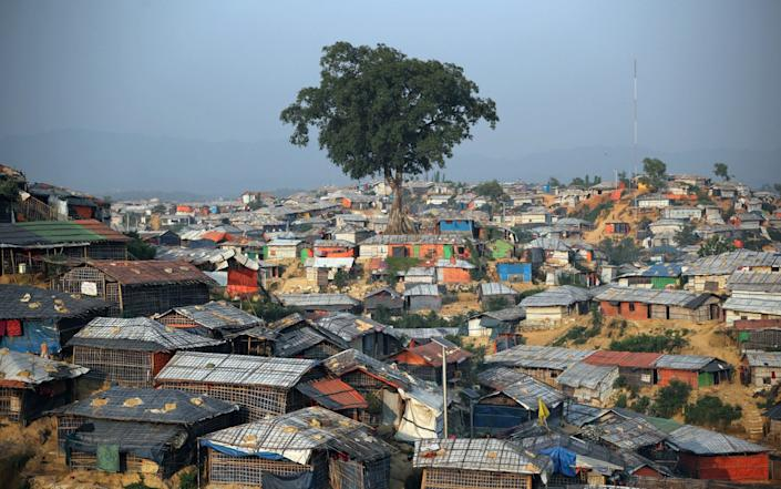Balukhali camp in Cox's Bazaar - widely accepted as the world's largest refugee camp - Paddy Dowling/DEC