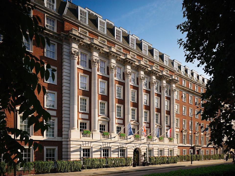 """<p><strong>The Skinny:</strong></p><p>Set in one of London's most exclusive residential areas, Grosvenor Square, The Biltmore has the feel of a classic luxury city hotel with clean white and cream interiors decorated with an abundance of bouquets of pink peonies and freesias.</p><p>With decadent rooms, a ballroom, outdoor terrace and concierge services ranging from dedicated walking tours to the chauffer-driven Bentley tours, it's the ultimate dose of luxury.</p><p><a class=""""link rapid-noclick-resp"""" href=""""https://go.redirectingat.com?id=127X1599956&url=https%3A%2F%2Fwww.booking.com%2Fhotel%2Fgb%2Flxr-biltmore-mayfair.en-gb.html&sref=https%3A%2F%2Fwww.elle.com%2Fuk%2Flife-and-culture%2Ftravel%2Fg23050000%2Fthe-best-luxury-london-hotels%2F"""" rel=""""nofollow noopener"""" target=""""_blank"""" data-ylk=""""slk:BOOK NOW - Rooms start from £347 (room only) and £370 including breakfast."""">BOOK NOW - Rooms start from £347 (room only) and £370 including breakfast.</a><br></p>"""