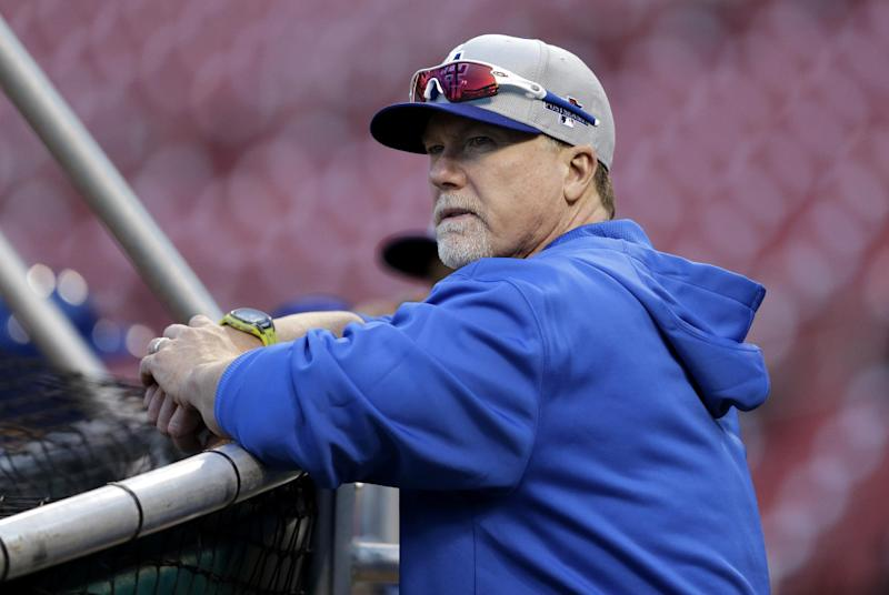 Big Mac is back: McGwire holds court in St. Louis
