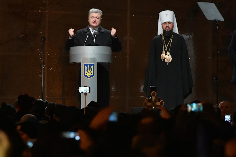 Ukrainian Orthodox leaders seal divorce from Russian church