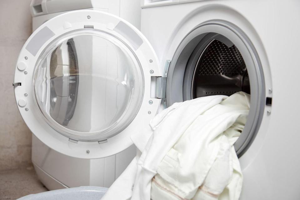 "<span class=""text"">20915027 – some dirty clothes in the washing machine</span>"