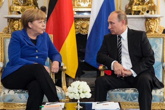 German Chancellor Angela Merkel helped diffuse the crisis in eastern Ukraine after talks with Russian President Vladimir Putin (AFP Photo/Etienne Laurent)