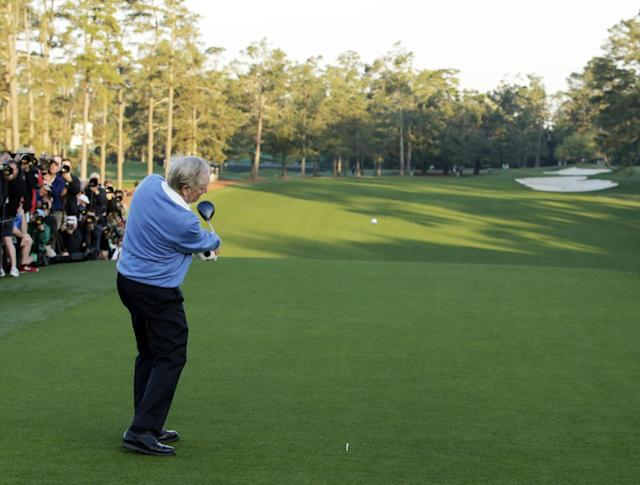 Jack Nicklaus hits his ceremonial drive on the first tee during the first round of the Masters golf tournament Thursday, April 10, 2014, in Augusta, Ga. (AP Photo/Chris Carlson)