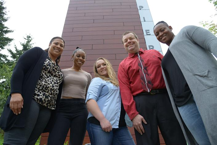 """At Pierce College, Jasmine Justice (far left) counsels fellow students to stay in school despite the struggles. """"I don't want them to be my age and still trying to get their associate's degree. It's like with smokers who quit: If you give in and give up, it's so hard to start over."""""""
