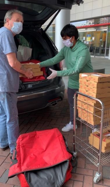 Nigam helps deliver meals to John Hopkins Hospital in Baltimore. (Photo: Arul Nigam)