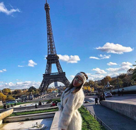The Instagrammer posted this picture when she was visiting Paris. (INSTAGRAM)