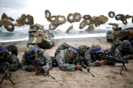 FILE PHOTO: South Korean marines take part in a U.S.-South Korea joint landing operation drill as part of the two countries' annual military training called Foal Eagle, in Pohang