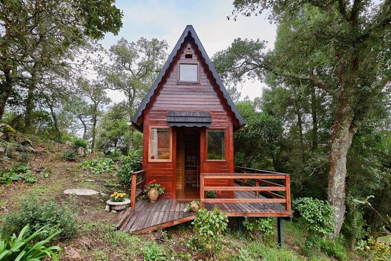 airbnb cosy little woodhouse portugal