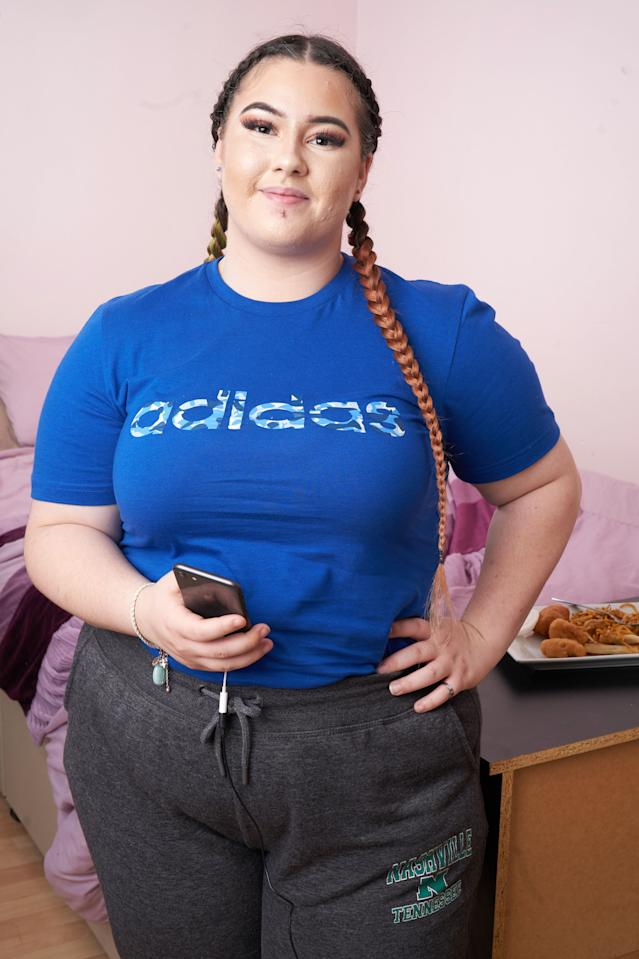 Charna Rowley will eat anything her online fans request online. [Photo: Caters]