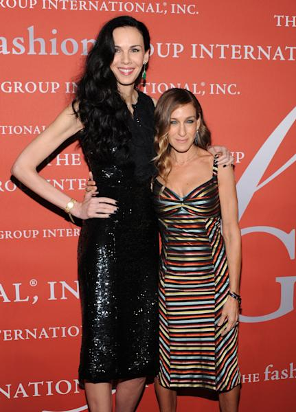 "Actress Sarah Jessica Parker, right, poses with honoree L'Wren Scott at the 29th Annual ""Night Of Stars"" presented by The Fashion Group International at Cipriani Wall Street on Thursday Oct. 25, 2012 in New York. (Photo by Evan Agostini/Invision/AP)"