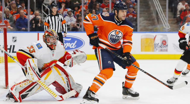 Johnny Gaudreau believes Milan Lucic can vault the Calgary Flames into a Cup contender. (Perry Nelson-USA TODAY Sports)