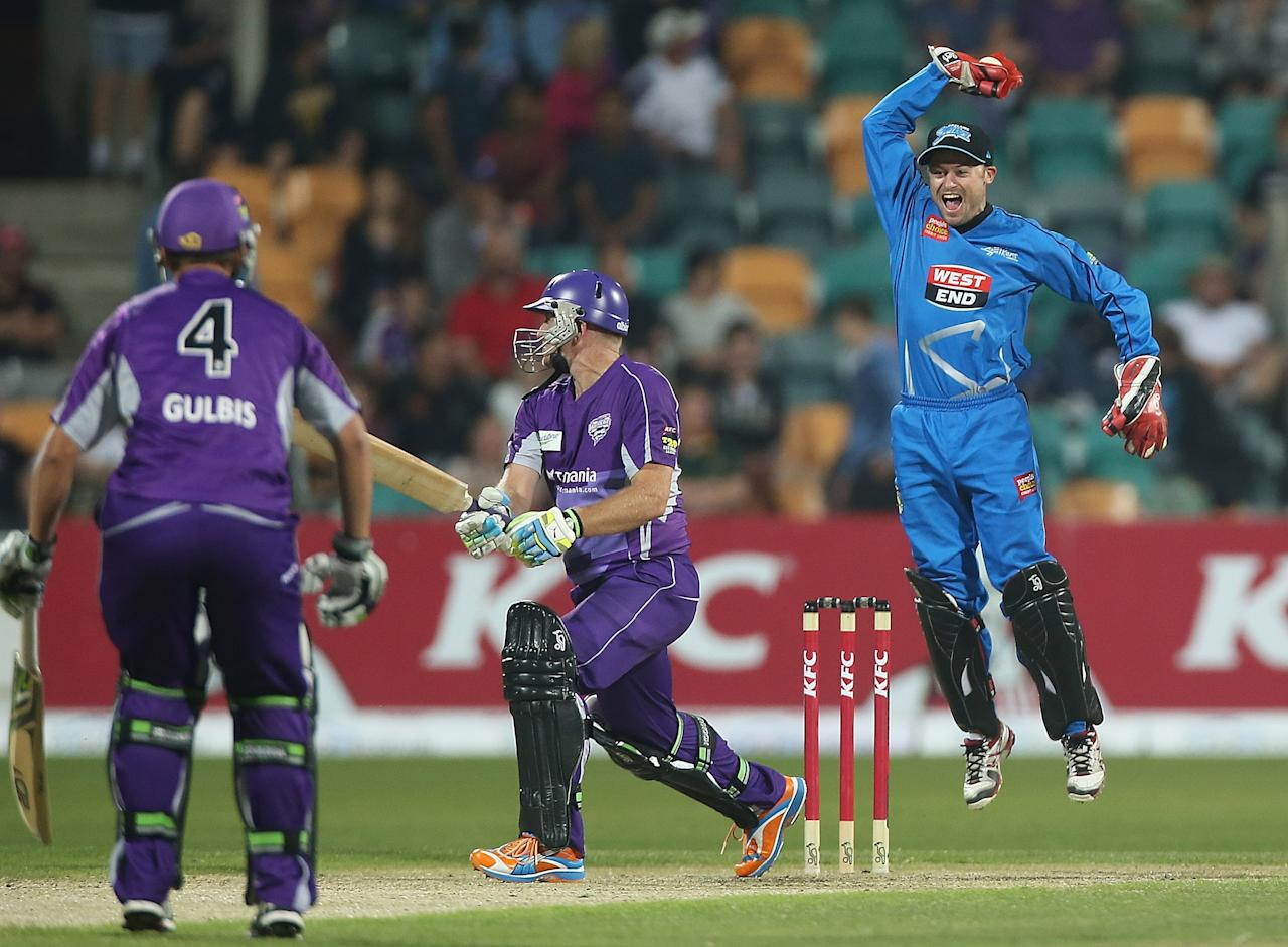 HOBART, AUSTRALIA - JANUARY 05:  Tim Ludeman of the Strikers celebrates the wicket of Scott Styris of the Hurricanes during the Big Bash League match between the Hobart Hurricanes and the Adelaide Strikers at Blundstone Arena on January 5, 2013 in Hobart, Australia.  (Photo by Mark Metcalfe/Getty Images)