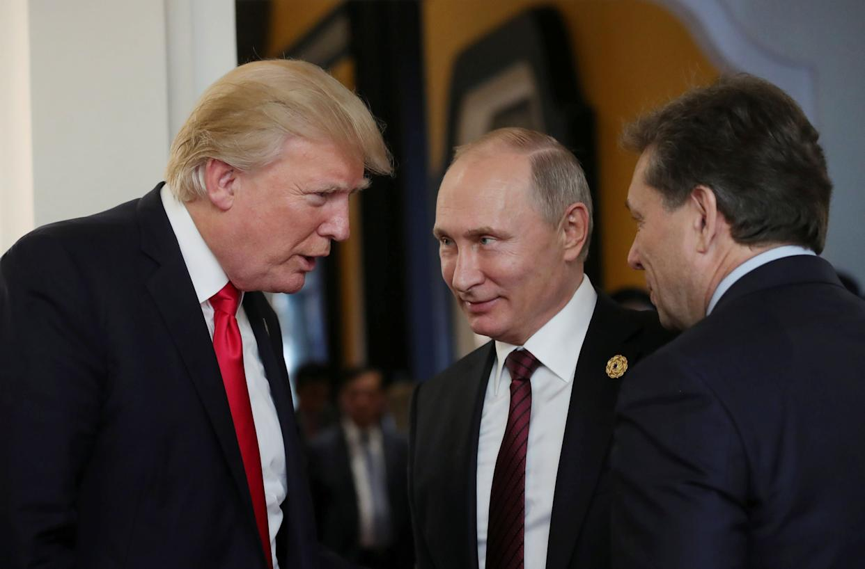 Trump chatted with Russian President Vladimir Putin last November during a summit in Danang, Vietnam. (Photo: Sputnik Photo Agency / Reuters)