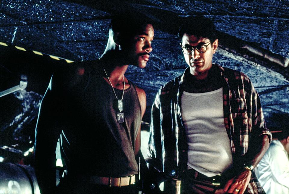 INDEPENDENCE DAY, Will Smith, Jeff Goldblum, 1996, TM and Copyright (c) 20th Century Fox Film Corp. All rights reserved. Courtesy: Everett Collection - Credit: Everett Collection