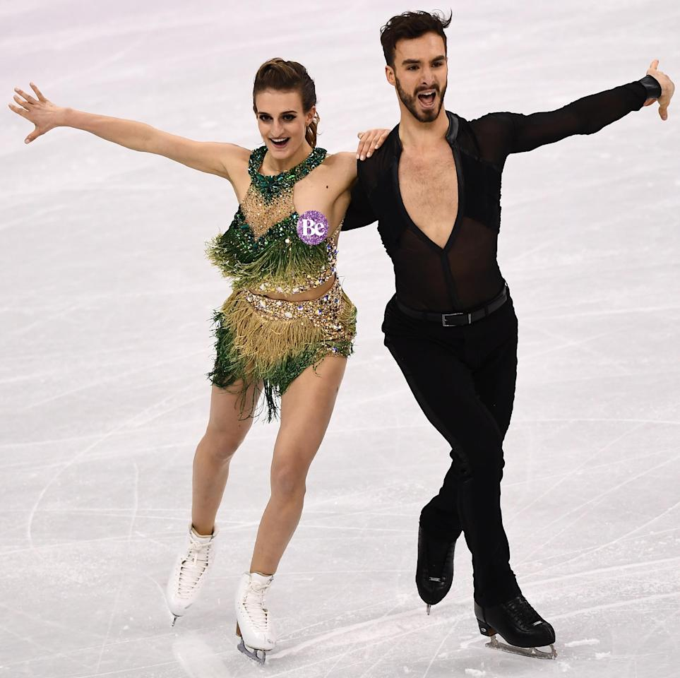 <p>Gabriella Papadakis had an unfortunate wardrobe malfunction during her figure-skating routine with partner Guillaume Cizeron. Thankfully for her, she noticed pretty much straight away and carried on with her epic routine.</p>