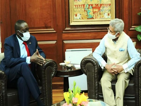 External Affairs Minister S Jaishankar receives Nigerian National Security Adviser Babagana Monguno (Twitter)