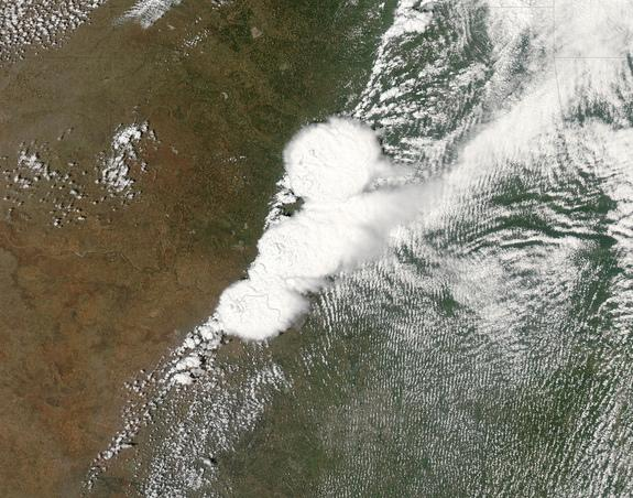 Storms That Spawned Deadly Oklahoma Tornadoes Seen from Space (Video)