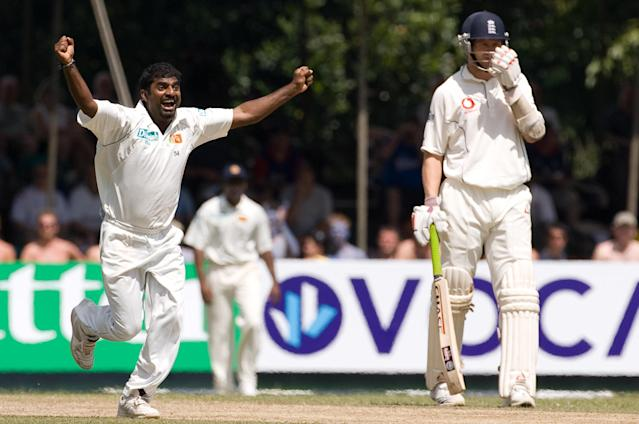 <p>Muttiah Muralitharan celebrates the wicket of Alastair Cook in 2007<br></p>