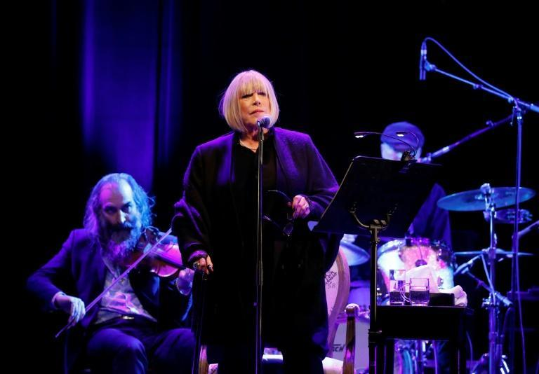 British singer Marianne Faithfull tells AFP she nearly died from Covid