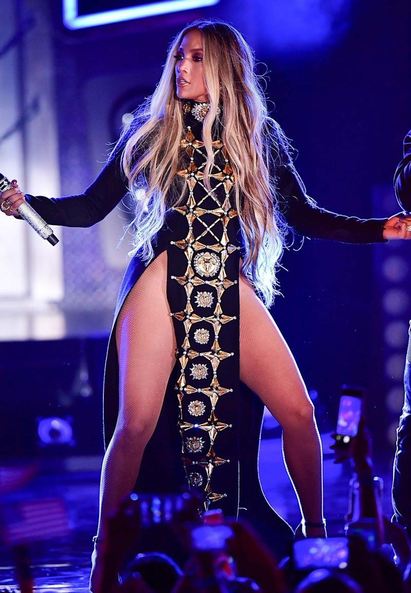 Check Out Jennifer Lopez Stage Dress