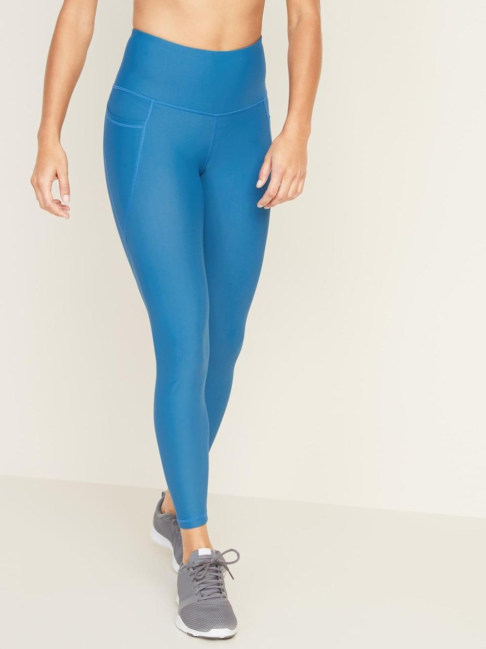 <p>These <span>Old Navy High-Waisted Elevate Powersoft 7/8-Length Side-Pocket Leggings</span> ($30, originally $40) get awesome reviews.</p>