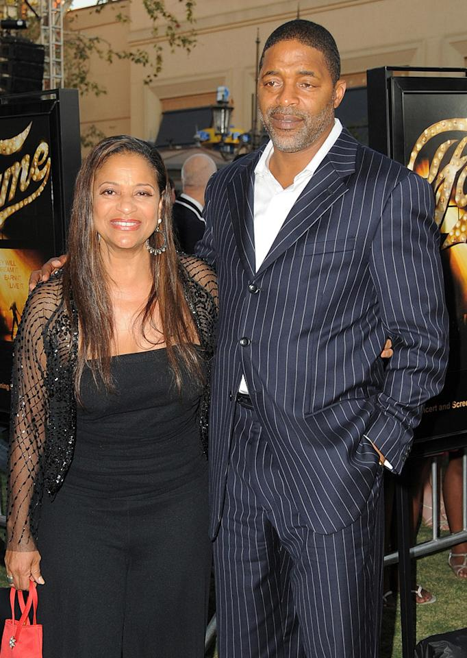 "<a href=""http://movies.yahoo.com/movie/contributor/1800045541"">Debbie Allen</a> and guest at the Los Angeles premiere of <a href=""http://movies.yahoo.com/movie/1810033914/info"">Fame</a> - 09/23/2009"