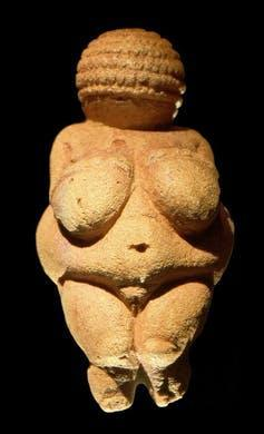 """<span class=""""caption"""">Venus de Willendorf.</span> <span class=""""attribution""""><a class=""""link rapid-noclick-resp"""" href=""""https://commons.wikimedia.org/wiki/File:Venus_of_Willendorf_frontview_retouched_2.jpg"""" rel=""""nofollow noopener"""" target=""""_blank"""" data-ylk=""""slk:Matthias Kabel/Wikimedia Commons"""">Matthias Kabel/Wikimedia Commons</a>, <a class=""""link rapid-noclick-resp"""" href=""""http://creativecommons.org/licenses/by/4.0/"""" rel=""""nofollow noopener"""" target=""""_blank"""" data-ylk=""""slk:CC BY"""">CC BY</a></span>"""