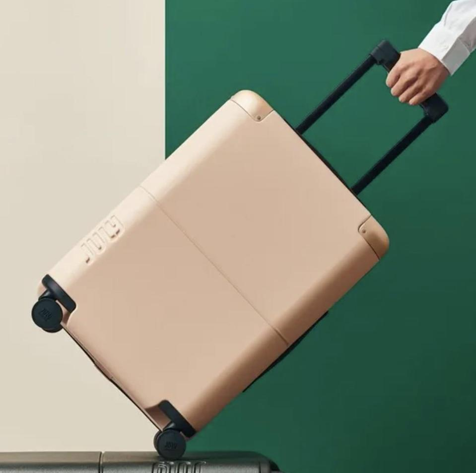 <p>If you're looking for something lightweight, then we'd suggest the new <span>July Carry On Luggage</span> ($245). The crush-proof German shell is sturdy, yet light and easy to carry around. It also has an ejectable battery that'll keep your phone charged.</p>