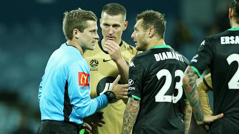 A-League Review: Western United go second after VAR controversy, Glory earn Jets draw