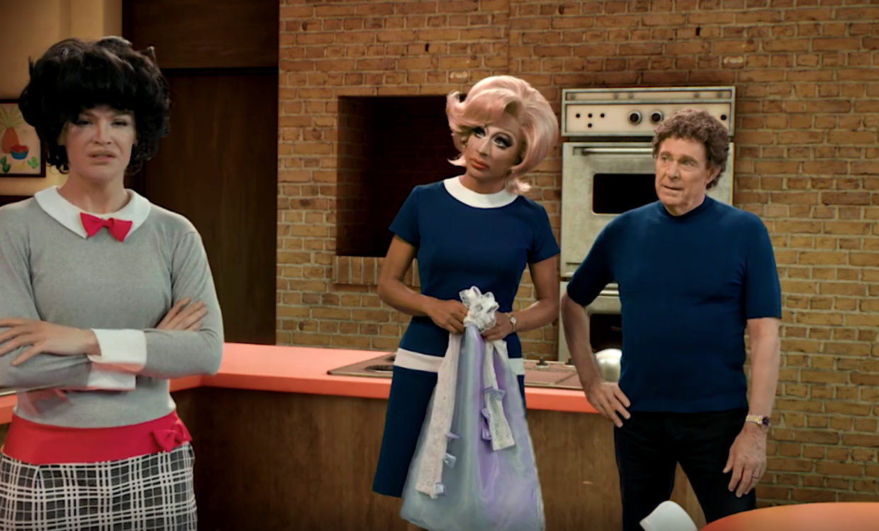 Kylie Sonique Love, Bianca Del Rio, and Barry Williams as Jan, Carol, and Mike Brady in 'Dragging the Classics: The Brady Bunch.' (Photo: Paramount+)