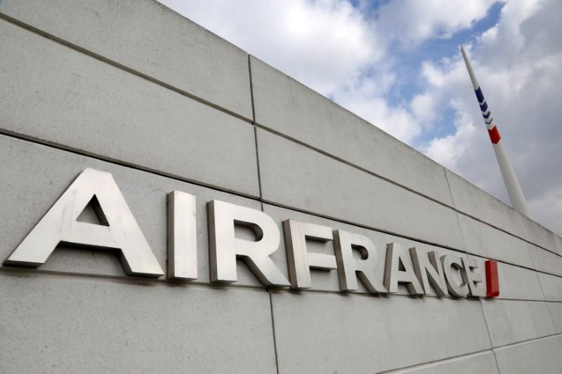 FILE PHOTO: The Air France logo is seen on the Air France headquarters building at the Charles de Gaulle International Airport in Roissy, near Paris on the second week of a strike by Air France pilots