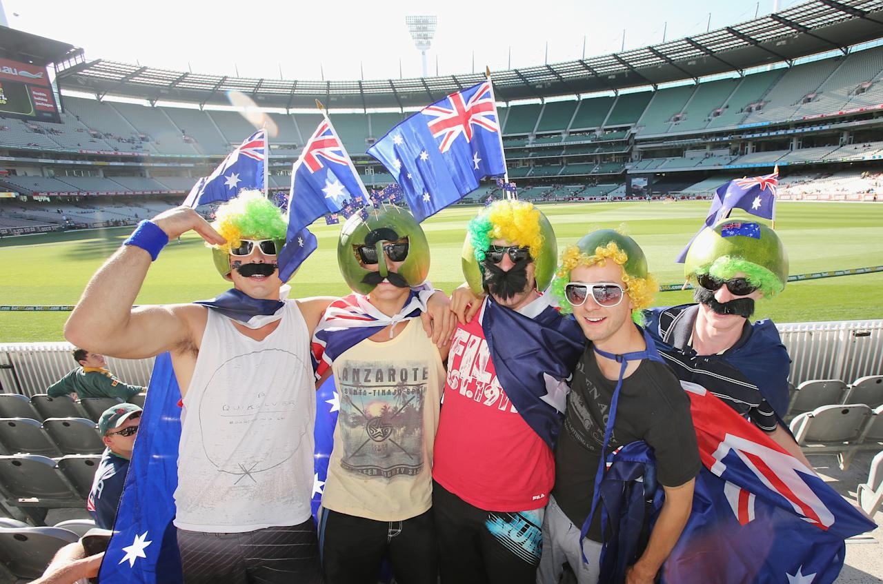 MELBOURNE, AUSTRALIA - JANUARY 28:  Australian fans arrive to attend game two of the Twenty20 International series between Australia and Sri Lanka at the Melbourne Cricket Ground on January 28, 2013 in Melbourne, Australia.  (Photo by Scott Barbour/Getty Images)