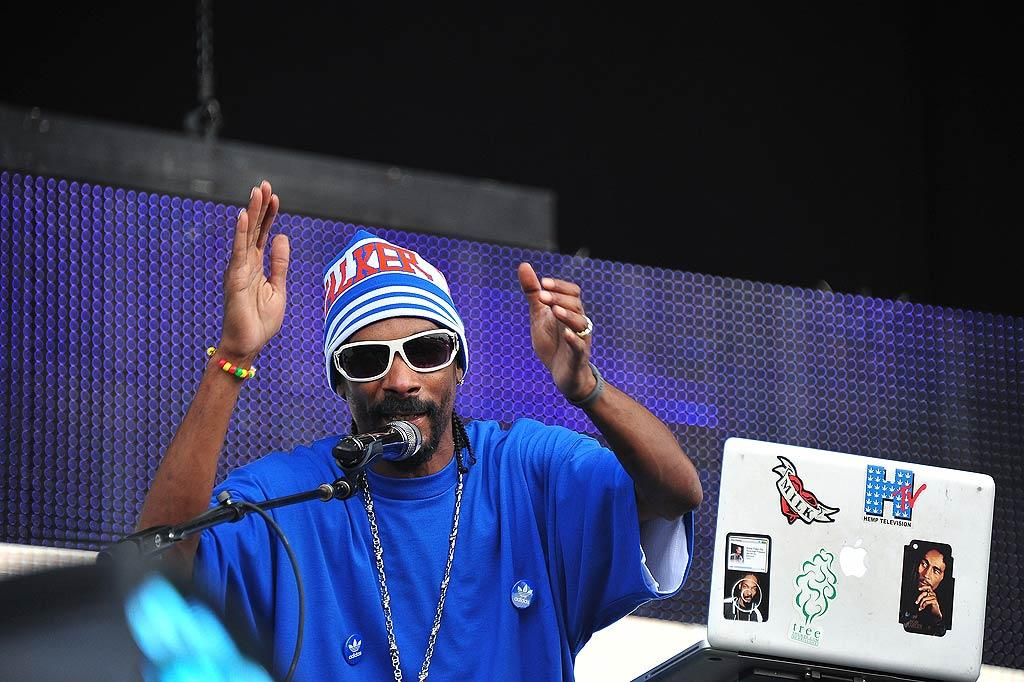 "Across the country, Snoop Dogg performed on the last day of the thee-day Electric Zoo music festival at Randall's Island Park in New York City. Brian Killian/<a href=""http://www.wireimage.com"" target=""new"">WireImage.com</a> - September 4, 2011"