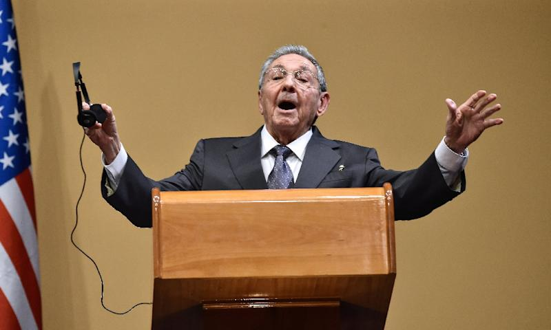 Cuban President Raul Castro speaks at a press conference with US President Barack Obama in Havana on March 21, 2016 (AFP Photo/Nicholas Kamm)