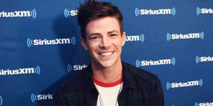 Photo Of New Flash Costume And Grant Gustin Body Shaming Response