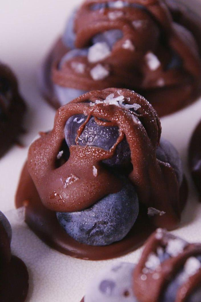 """<p>This is the sweet treat for the health nut in your life.</p><p>Get the recipe from <a href=""""https://www.delish.com/cooking/recipe-ideas/recipes/a54811/chocolate-blueberry-clusters-recipe/"""" rel=""""nofollow noopener"""" target=""""_blank"""" data-ylk=""""slk:Delish"""" class=""""link rapid-noclick-resp"""">Delish</a>.</p>"""