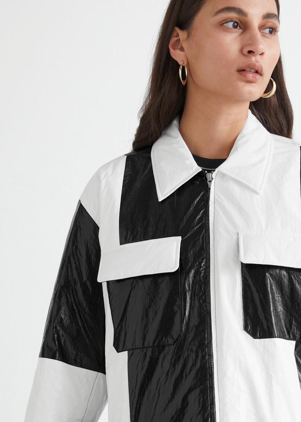 <p>How edgy and eye-catching is this <span>&amp; Other Stories Oversized Colour Block Overshirt</span> ($149)?</p>