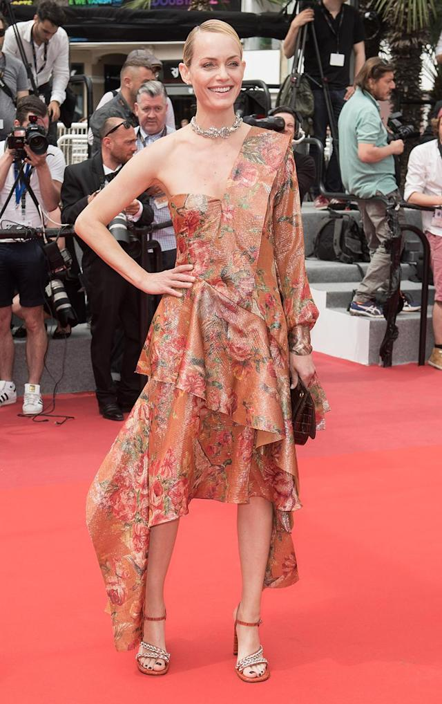 <p>The top model's Mulberry dress gave off major handmade from curtains, or <em>Sound of Music, </em>vibes at the <em>Wonderstruck</em> premiere. (Photo: Getty Images) </p>