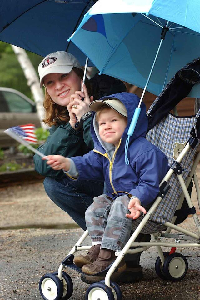 <p>Most small towns and cities mark the day with an annual Memorial Day parade to honor those who have died while serving in the U.S. armed forces. Check your local papers for a parade near you. </p>