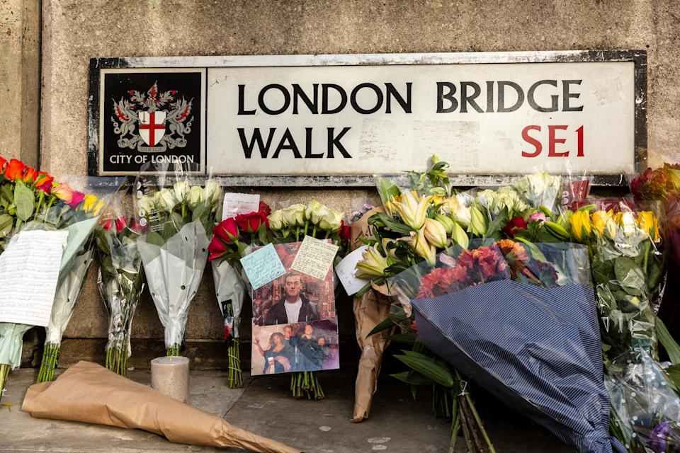 Members of public leave flowers and goodbye notes at the scene of November 29 2019 London Bridge terror attack in London, England, December 1, 2019. After three days of investigation London Bridge remains closed and number of police forces watch the site. Two people were killed in the attack and a number was injured. (Photo by Dominika Zarzycka/NurPhoto via Getty Images)