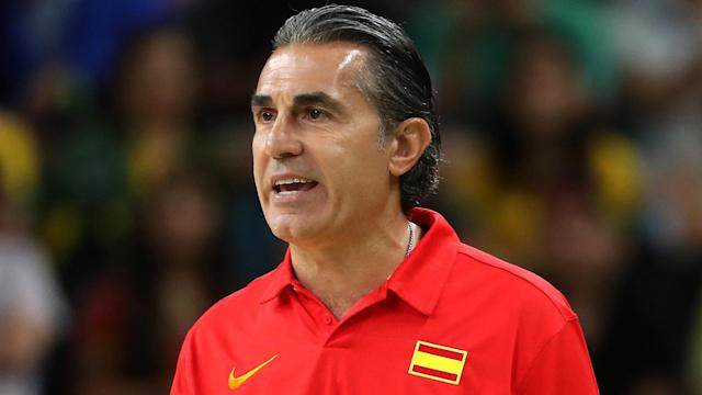 Quino Colom and Fran Vazquez helped Spain to a hard-fought victory in FIBA Basketball World Cup qualifying.
