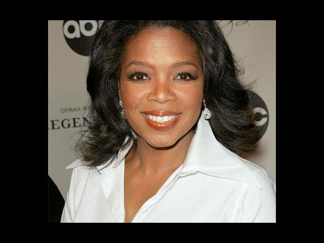 3. Oprah Winfrey An infectious charm, layers of confidence, intelligence dripping like a sieve, Oprah Winfrey wears clothes that remain true to her persona.
