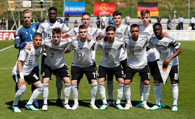 Soccer Football - UEFA European Under-17 Championship - Group D - Serbia v Germany - Loughborough University Stadium, Loughborough, Britain - May 8, 2018 Germany team group before the match Action Images via Reuters/Andrew Boyers