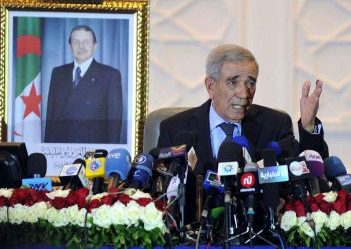 Daho Ould Kablia, Algerian Prime minister, speaks during a press conference in Algiers