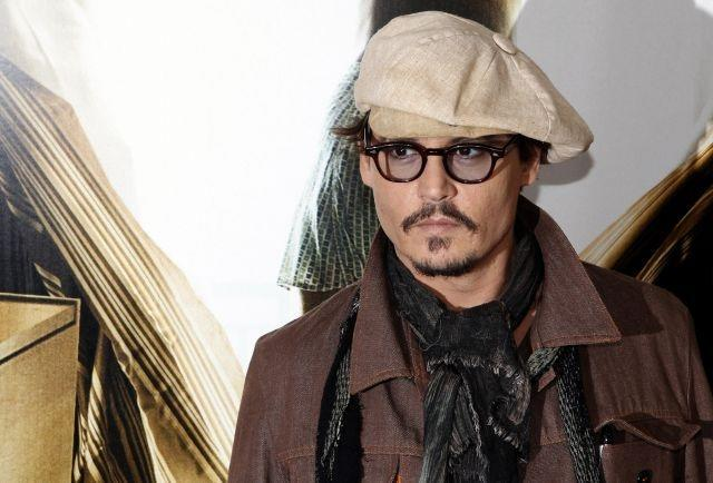 Johnny Depp set to star in remake of 'The Invisible Man'