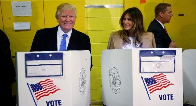 Donald y Melania Trump votan en las presidenciales de 2016 (Photo: REUTERS)