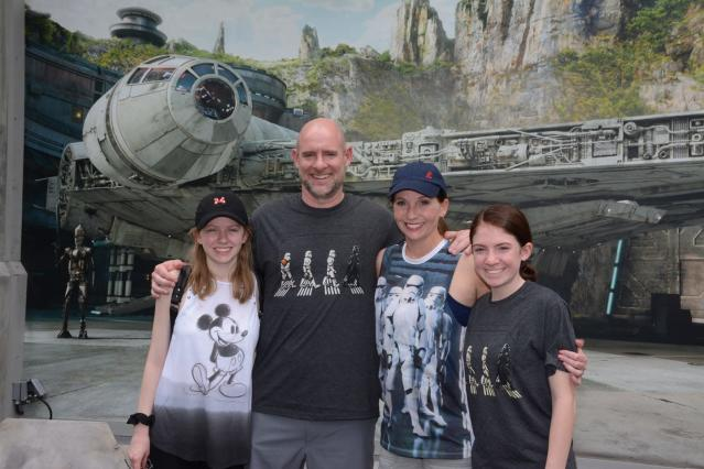 Kim Chastain (second from right) with husband Jon and daughters, Gracie, 18, and Kadence, 16. (Photo: Kim Chastain)
